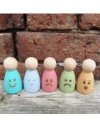 Hand painted basic peg doll figures